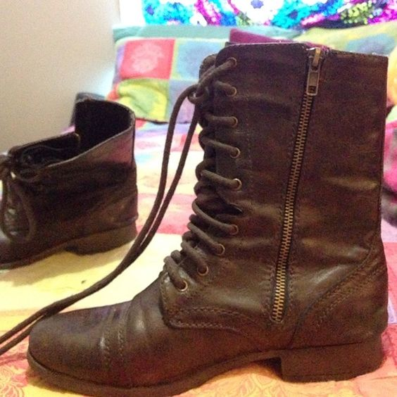 Combat boots Brown, hardly worn Shoes Combat & Moto Boots