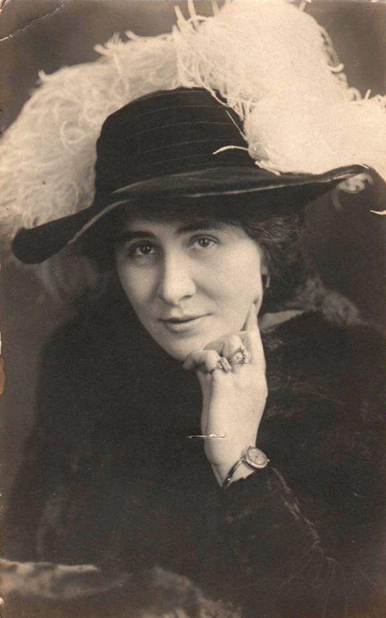 Besse Bessie LaSayles