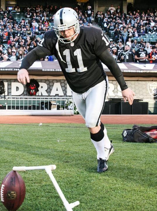 A Look Back At Kicker Sebastian Janikowski S Career As A Raider Fsu Football Oakland Raiders Raiders