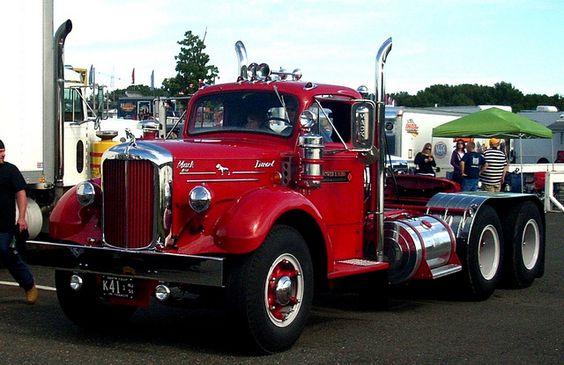 Vintage red Mack.. - just magic mu-man. Chico-Gram. Girl's User. Love them old Macks. American Iron.