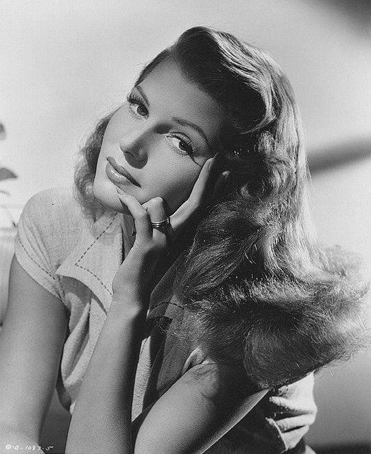 Rita Hayworth, 1946: