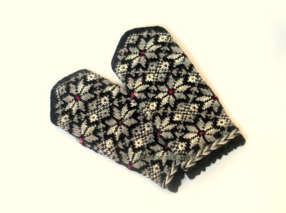 #Handknitted wool #mittens Hand knitted wool от mittenssocksshop