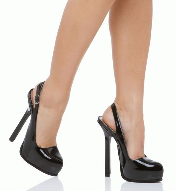 JUST ordered from Shoedazzle...can't wait them for the in the mail... :)
