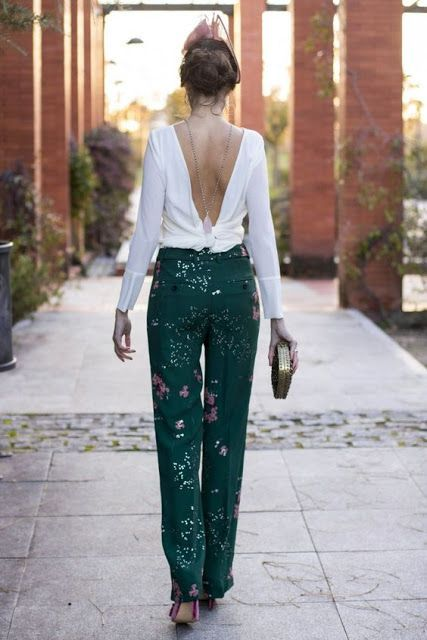 Just a pretty style | Latest fashion trends: Chic look | Open back white blouse with patterned glittering trousers