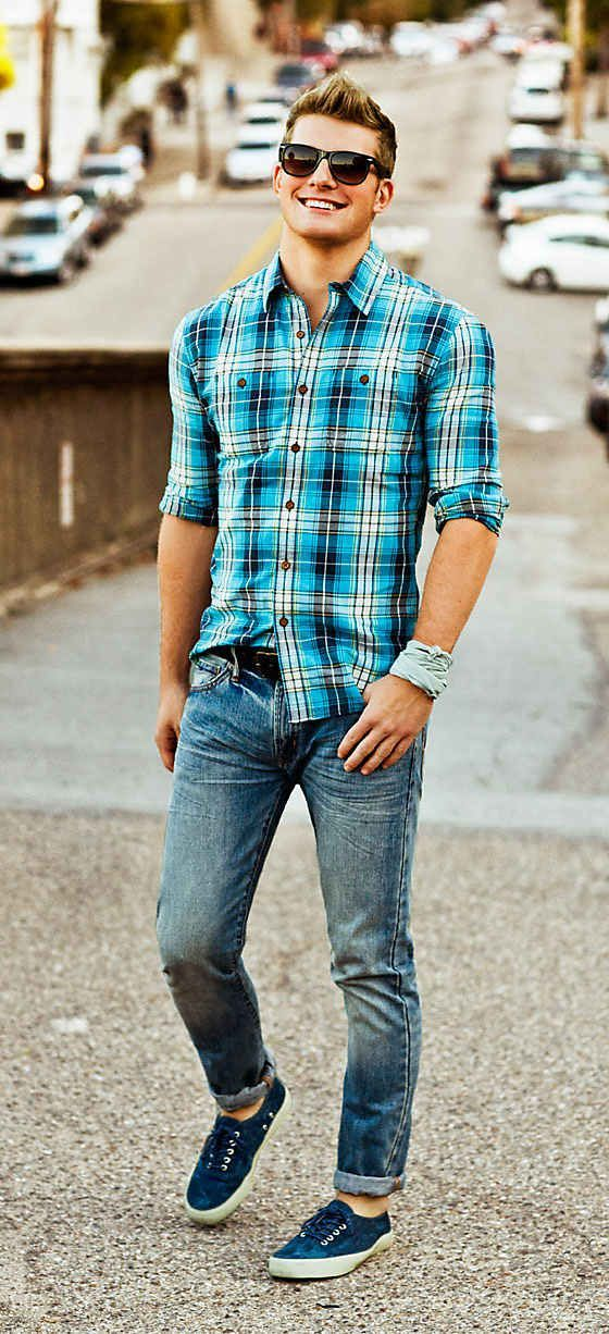 Flannel shirt with denim.  Also Learn 5 Different Ways to Style Your Flannel Shirt — Mens Fashion Blog - The Unstitchd