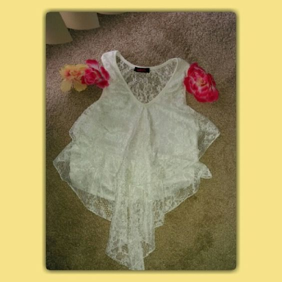 Lace Crop Too White/Ivory Color Lace Crop Top, Lightly Worn! Tops Crop Tops