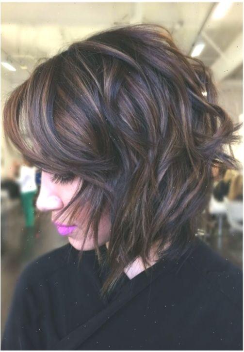 53 Heissesten Herbst Haarfarben Zu Versuchen Trends Ideen Und Tipps Neueste Frisuren In 2020 Short Layered Bob Hairstyles Short Wedding Hair Layered Bob Hairstyles