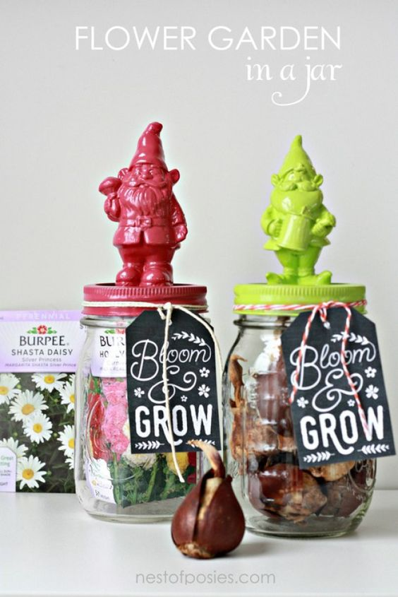 Flower Garden in a Jar with FREE gift tag printable!: