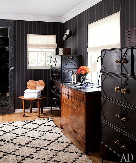 Hank Azaria's eclectic masculine dressing room. Architectural Digest / Photo by Roger Davies