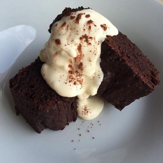 Chocolate Brownie  by zayinx