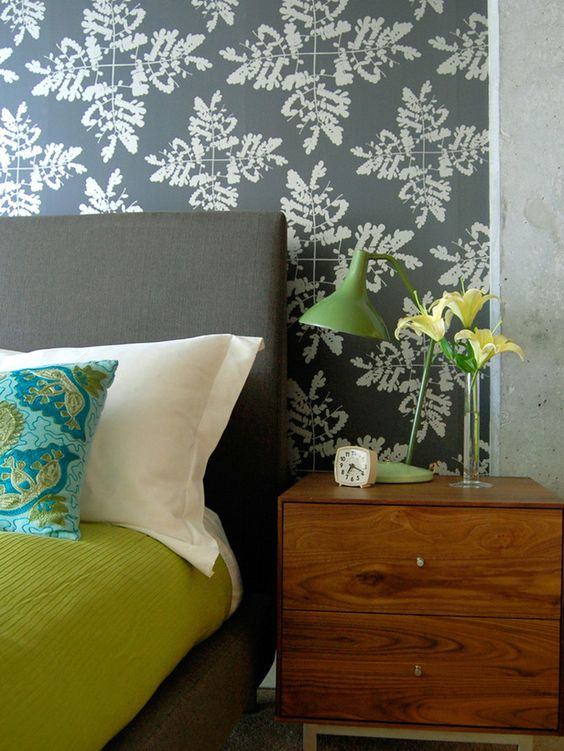 large graphic, organic wallpaper print. Not too repetitive or overwhelming, but still modern.