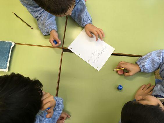 Así trabajan con EntusiasMAT en el Colegio Santa Lluisa de Marillac (Pamplona).