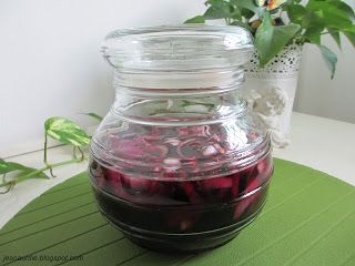 God Is With Me: The Benefits Of Red Wine Soaked with Purple Onion!