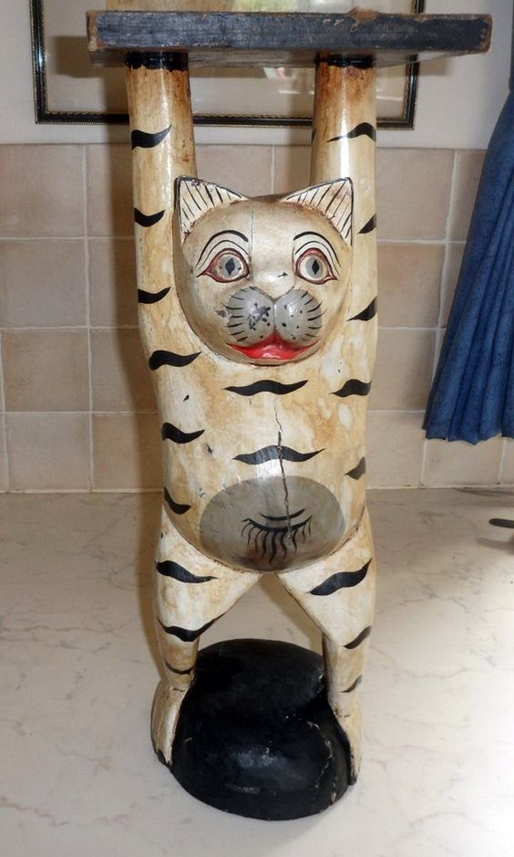 CARVED WOODEN CAT HAND PAINTED ORIGINAL 19 INCHES TALL