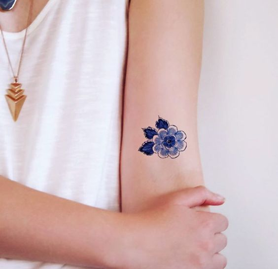 Small flower by Tattoorary
