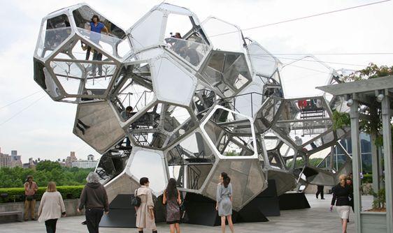 Climbing Tomas Saraceno's Modular Hall of Mirrors on the Met's Roof