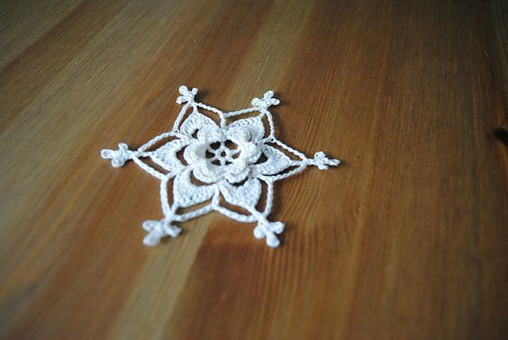 Free Irish Crochet Snowflake Pattern : Ravelry: Irish Rose Snowflake { free pattern by Marika ...