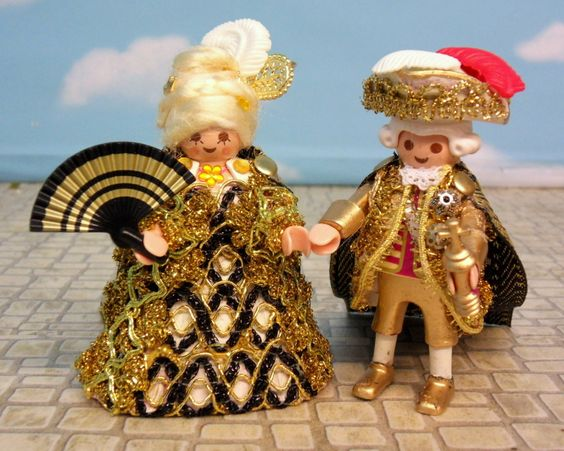 King Louis and Marie Antoinette - PLAYMOBIL Collectors Club: