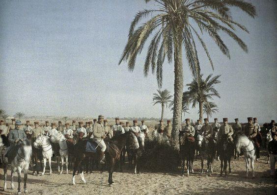 Cavaliers du 6e Chasseurs d'Afrique  voyage en Tunisie, 24 mars 1916.