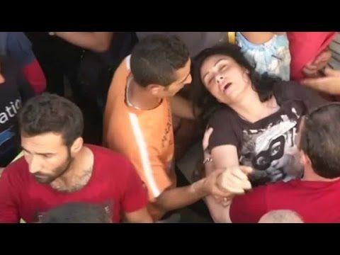 Macedonia uses stun grenades, tear gas against migrants