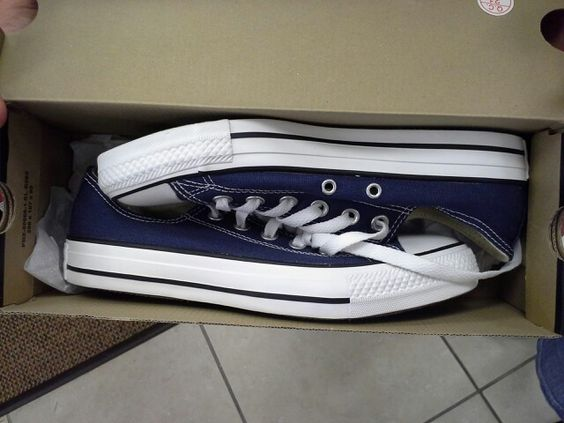 My first pair of Converse! I'm already addicted ;-)