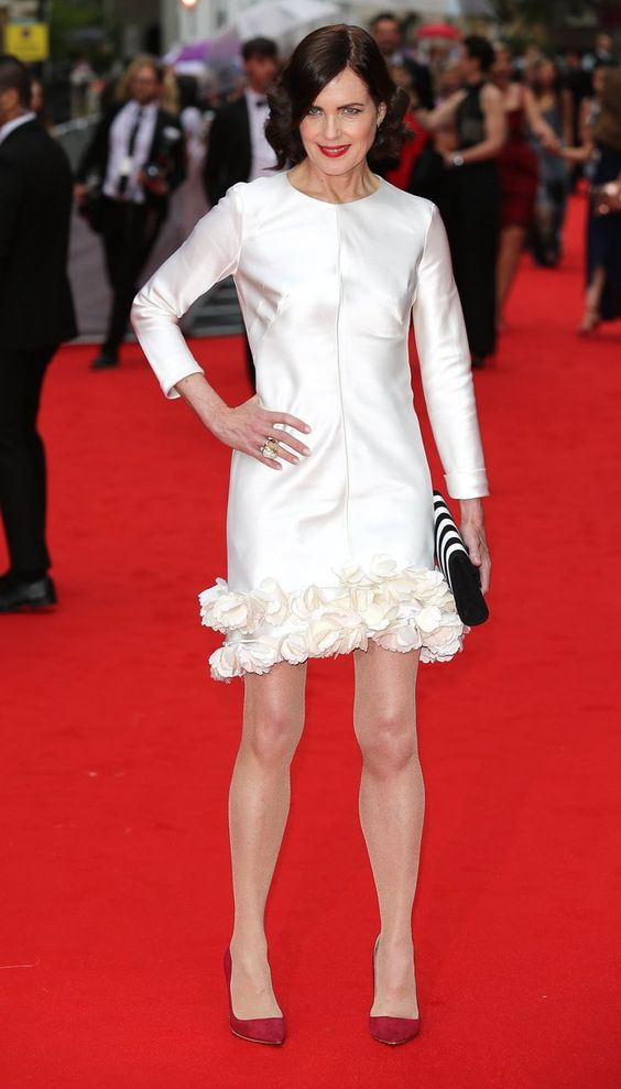 Pin for Later: The Entire Downton Abbey Cast Hit the Red Carpet in Unbelievably Gorgeous Dresses Elizabeth McGovern