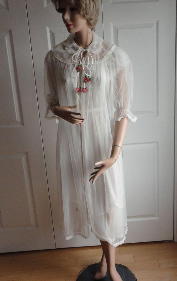Vintage White Chiffon Nylon Peignoir Set Women D'Allairds Size Small?  60s Bridal