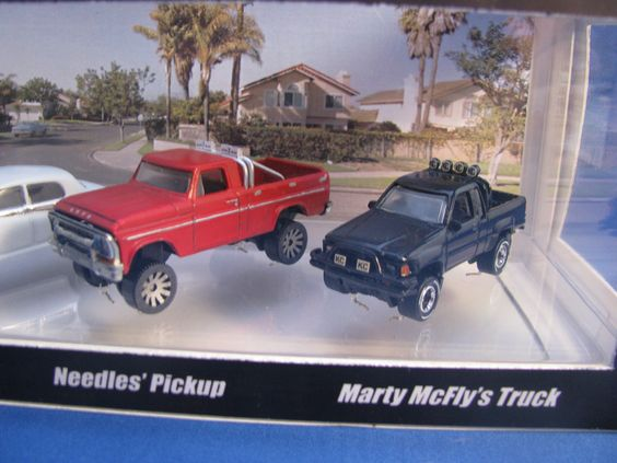 back to the future needles pickup marty mcfly 39 s 39 87 toyota pickup truck 1 64 scale set on ebay. Black Bedroom Furniture Sets. Home Design Ideas