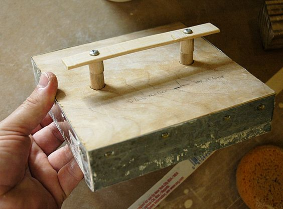 Plunge cutter for tiles