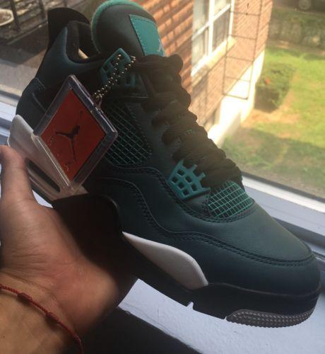 Air Jordan 4 Teal Size 9