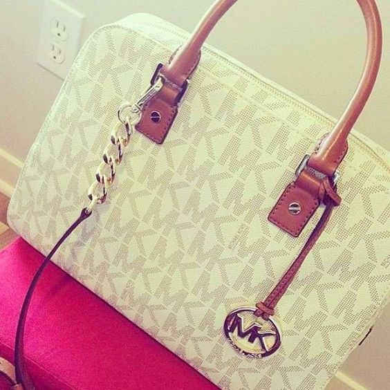 Cheap Michael Kors HandBags Outlet wholesale .3 ITEMS TOTAL $99 ONLY #AllAccessKors #cheap #michael #kors