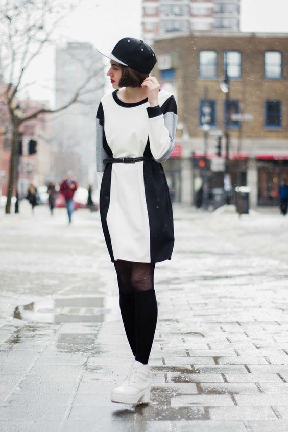 Street   FASHION IS MY RELIGION   photo Alex C.D. photography   #amandauprichard #dress #longsleeves #snapback #grey #white #black #geometricdress #plateform #shoes