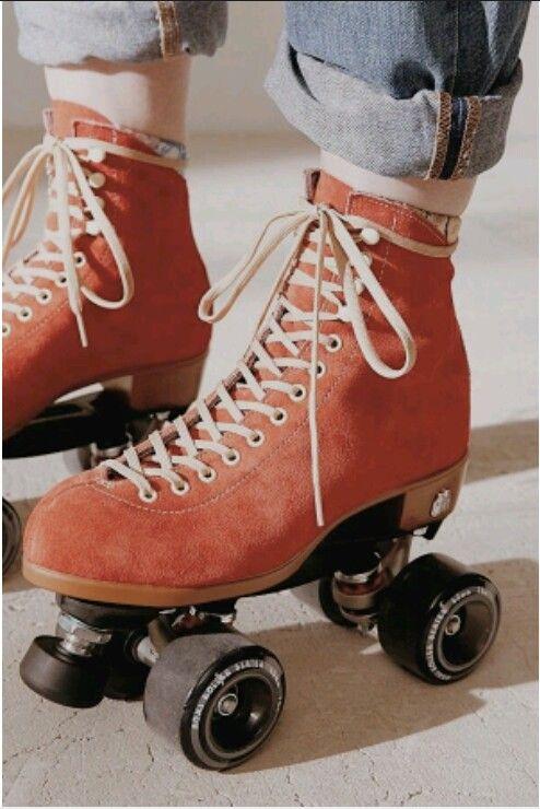 Moxi Beach Bunny Rollschuhe Retro Quad Disco Figur Skate classic Rollerskates