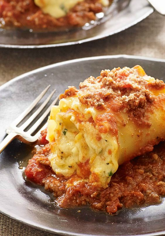 Creamy Lasagna Roll-Ups – Creamy cheese, pasta sauce, and ...