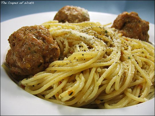 Garlic Pasta with Spicy Mexican Meatballs