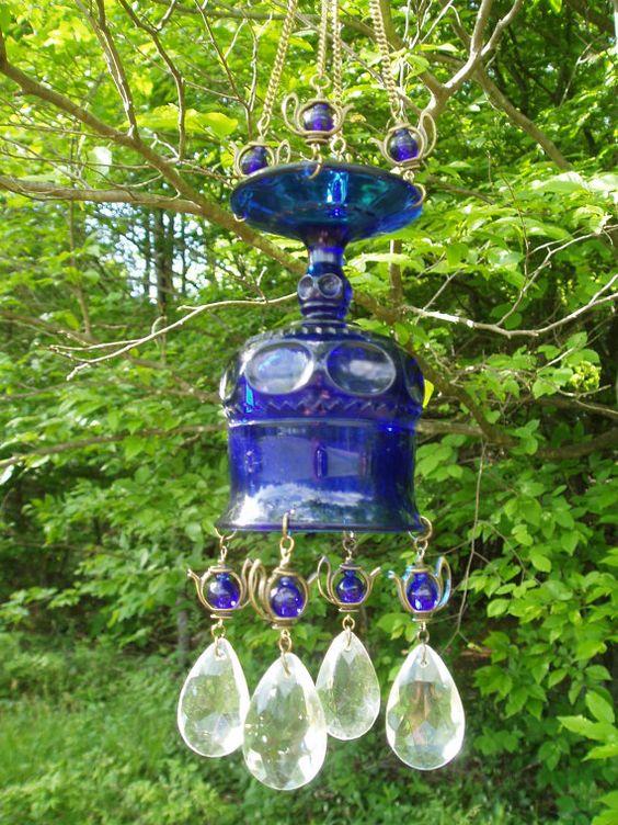 nail polish recycled lightbulbs for garden art   Fun and Creative ...