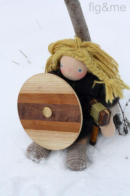 Björn defending his tree by Fig & Me, via Flickr