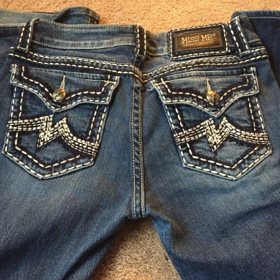 Miss Me jeans Light wash of the Irene style Miss Me jeans. Size 29 and slightly short Miss Me Jeans Boot Cut