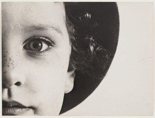Max Burchartz -  Lotte's Eye. c. 1928