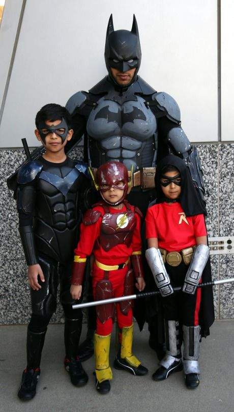 Nightwing, Batman arkham city and Robins on Pinterest