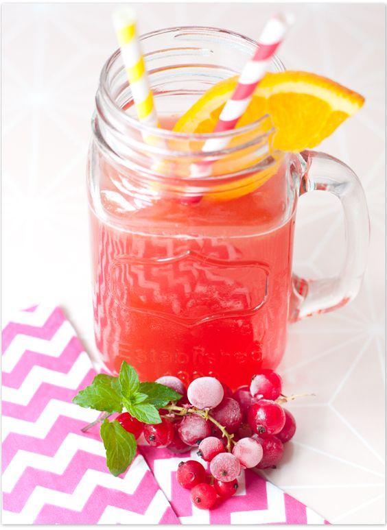 Wildberry-Exotic Icetea | Eistee mit Orange-Maracuja-Sirup und Wildberry-Tee von Lov-Organic