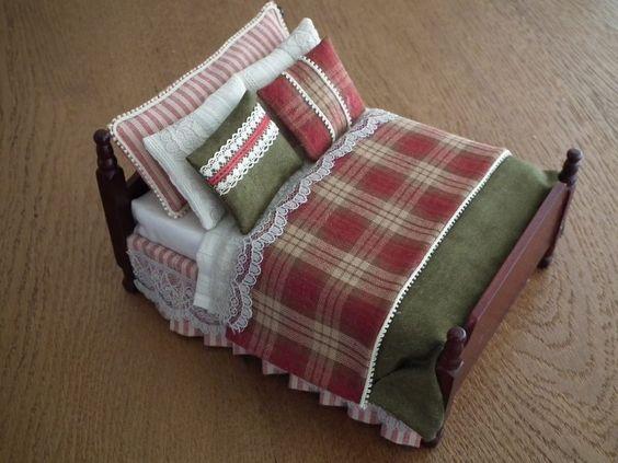 Ester Peeters, Ejewies - dressed bed