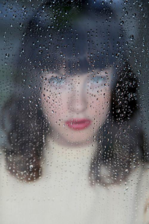 Amanda Jones shot by Shannon Rowland