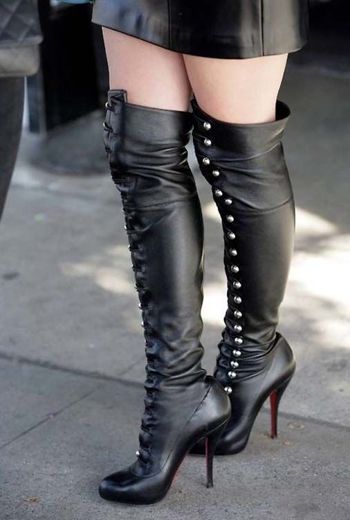Pin p? Boots