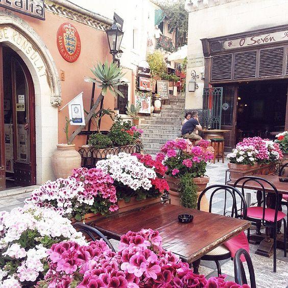 May blooms at #taormina #sicily #sicilia #italy #vscocam
