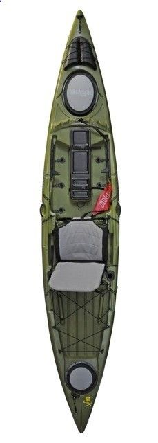 Similar to the Coosa, the Jackson Kayak team has once again peppered slick, angler friendly features throughout the boat. The Cuda will introduce for the first time Jacksons rod tip cover, tackle stagers, mesh side pocket, pockets on the elite patent pending hi/low seat, fly rod stagers, safety flag, stand assist handle and a 26 inch center hatch that can have an insert to make it dry storage or a fish cooler big enough to fit a beautiful slot redfish! - Adventure Time