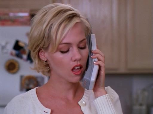 Jennie Garth Kelly Taylor Beverly Hills 90210 Short Hair Prom Hairstyles For Short Hair Short Hair Styles Long Hair Girl