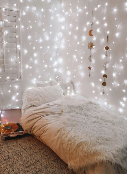 10 Amazon Products That Will Beautify Your Dorm