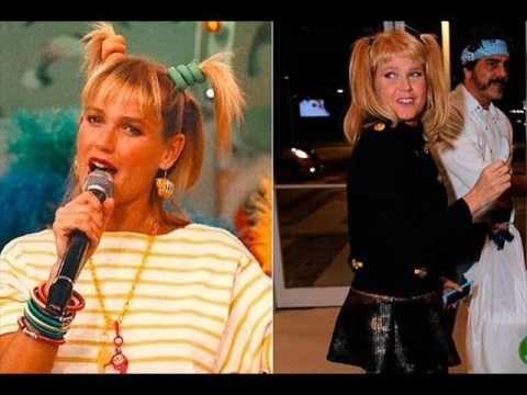 Xuxa repete look dos anos 90 em festa de aniversário de Fabiana Karla.