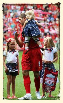 Steen Gerrard & daughters
